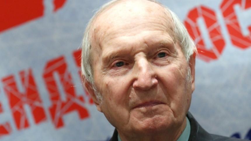Умер первый олимпийский чемпион похоккею Виктор Шувалов