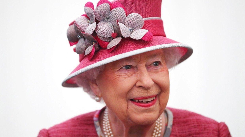 95 фактов оЕлизавете II: Все очастной ипубличной жизни королевы-рекордсменки