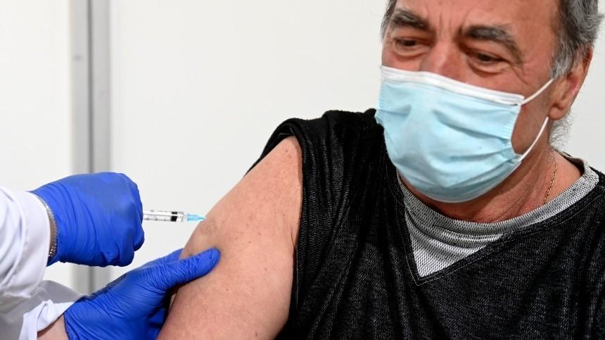 ВМоскве хотят начать поощрять привившихся откоронавируса пенсионеров