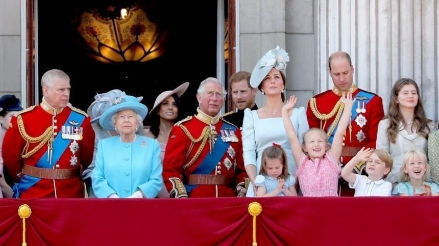 Королева Елизавета II выбрала сторону вконфликте принцев Уильяма иГарри