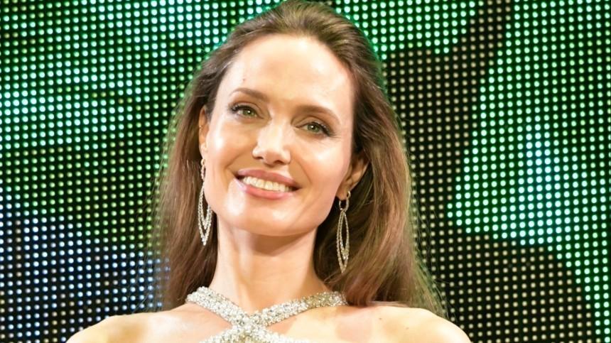 Как развод сБрэдом Питтом сказался накинокарьере Анджелины Джоли?