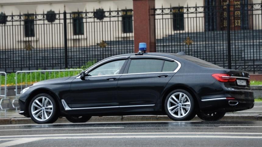 ДТП сучастием автомобиля сномерами «АМР» произошло вМоскве