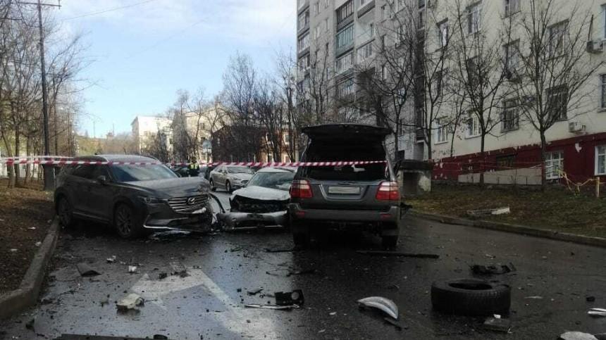 Двое погибли встрашном ДТП спятью авто вХабаровске— кадры сместа