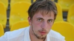 Обвинивший визбиении Александра Паля хоккеист заявил, что актер был пьян