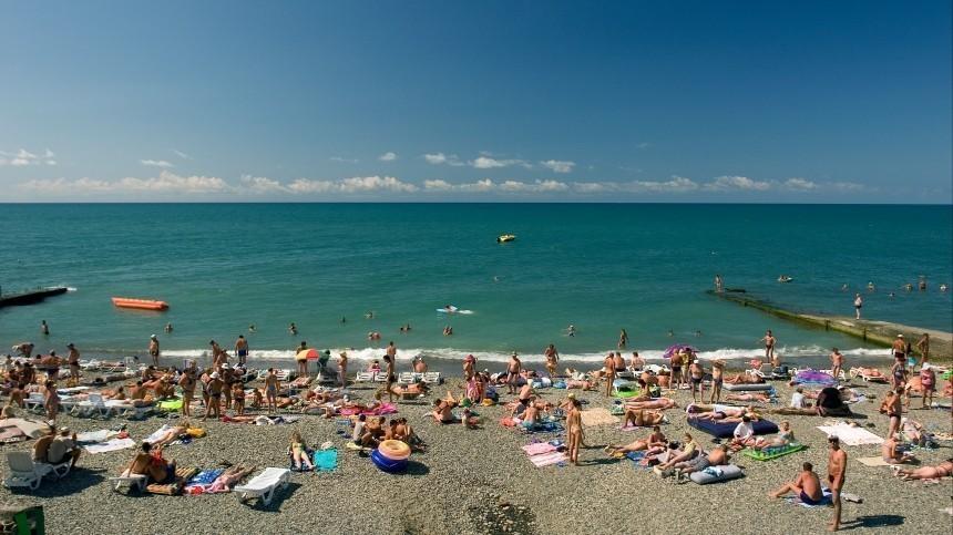 Отдыхающим внутри страны россиянам предложили увеличить отпуск
