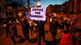 Жестокое убийство чернокожего вНебраске грозит вновь взорвать общество вСША