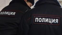 Угрожал посадить занаркотики: москвича задержали завымогательство денег ушкольника