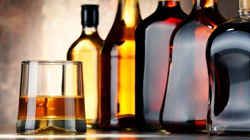 Диетолог рассказала, какой алкоголь наименее вредный