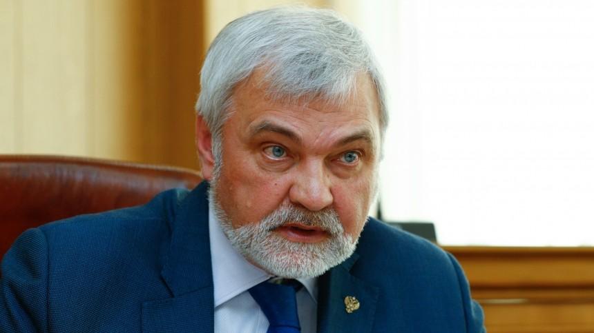 «Отшлепать помягкому месту»: вГоссовете Коми возмутились речью депутата КПРФ