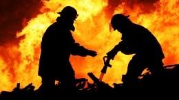 Видео мощного взрыва споследующим пожаром вДушанбе