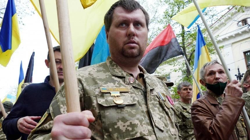 Украинские националисты провели марш вчесть годовщины трагедии вОдессе