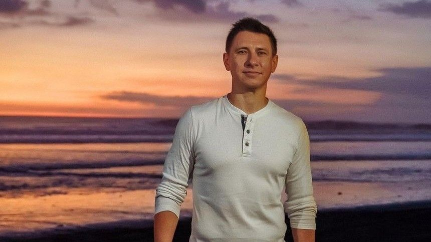«Уменя случилась паническая атака»: Заяц-Батрутдинов провалил финал «Маски»