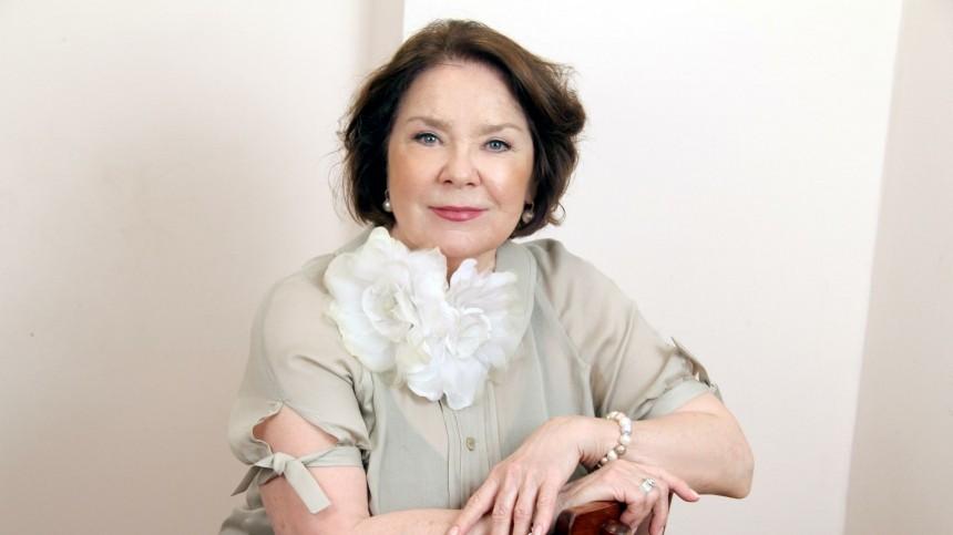 Лариса Голубкина снова угодила вбольницу