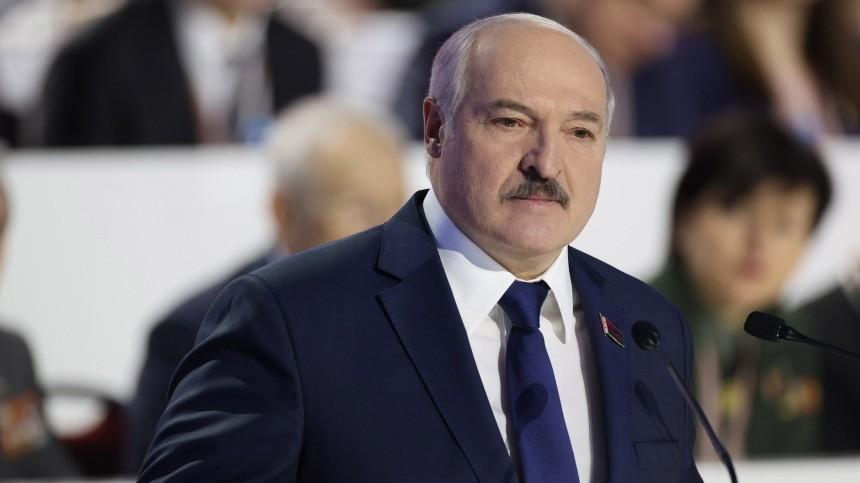 Лукашенко лишил званий более 80 бывших силовиков задискредитирующие поступки