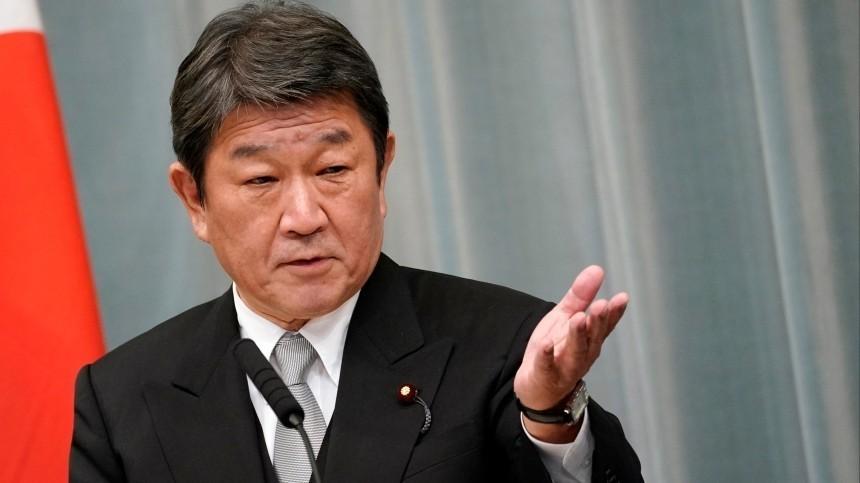 Глава МИД Японии призвал G7 выработать единый подход кРоссии