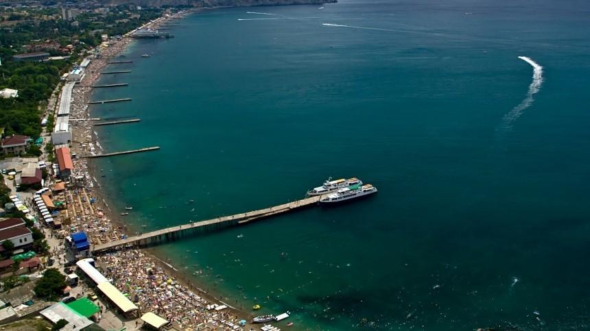 Власти пообещали обеспечить Крым питьевой водой наближайшие годы