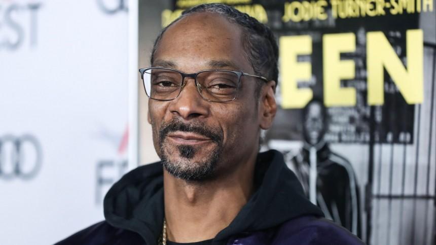 Snoop Dogg показал играющего нарояле Путина икивающего втакт музыке Трампа