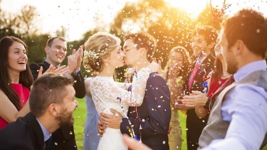 Всю жизнь маяться: нумеролог объяснил, почему нельзя выходить замуж вмае