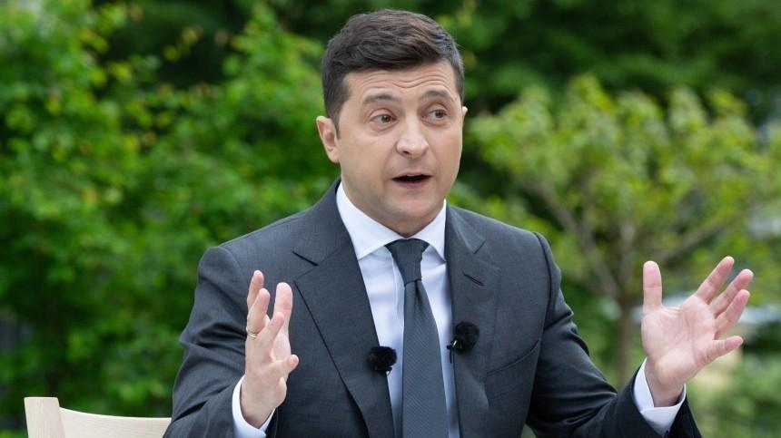Захарова высмеяла Зеленского заслова о«вездесущих русских»