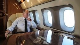 «Много работает»: экс-пилот Путина оповедении президента вовремя полета
