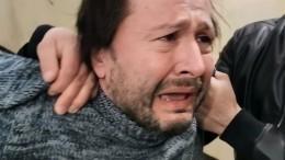 Подозреваемого вбессмысленном нападении сножом нашкольницу петербуржца задержали