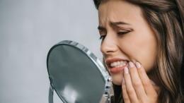 Как сделать белоснежную улыбку дома? Раскрыт эффективный способ отбеливания зубов