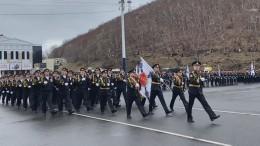 Первый Парад Победы вРоссии прошел наКамчатке— видео