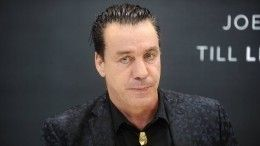 Лидер Rammstein представил клип напесню «Любимый город» вДень Победы