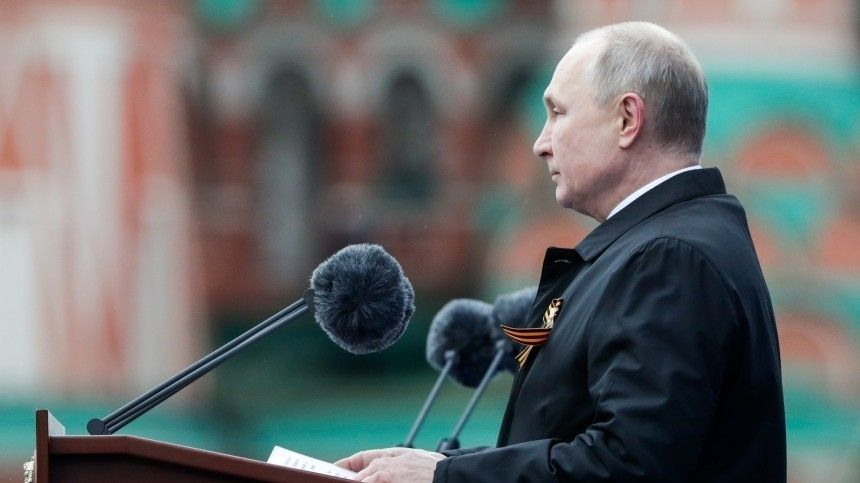 Предупреждение врагам: Какой тайный смысл зарубежные СМИ нашли вречи Путина вДень Победы