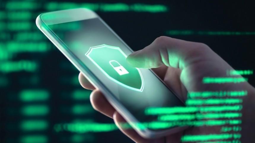 Хакеры назвали два способа заражения смартфона опасными вирусами
