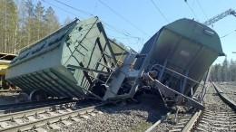 ВКарелии спутей сошли сразу 14 грузовых вагонов