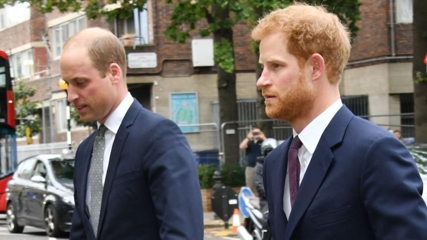 Принцы Гарри иУильям продолжили враждовать после похорон принца Филиппа