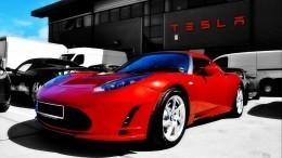 Курс биткоина обвалился из-за отказа Tesla продавать электрокары закриптовалюту