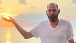 «Грустно, но— селяви»: Семен Слепаков встихах сообщил оразводе