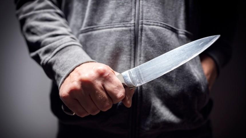 Зарезали ивыкинули вдушевую: тело мужчины нашли вобщежитии Москвы