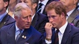 Интриги двора: почему Гарри может быть неродным сыном принца Чарльза?
