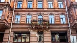 ВПетербурге начали массово срезать балконы: кто виноват, икогда это кончится?