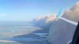 Буря мглою небо кроет: порегионам РФпрокатился вал изпеска— эпичные видео