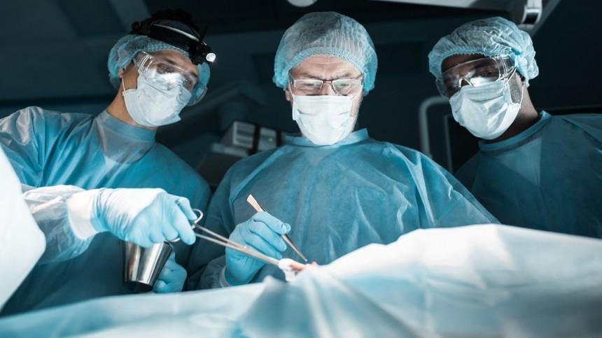 ВПетербурге двухлетний мальчик попал вреанимацию после ритуального обрезания