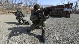 Крепкий мужик vs мультяшная девочка: американцы сравнили рекламу армий РФиСША ипоняли, что обречены