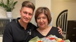 «Наполнялись Аллой Борисовной»— как мама Манукяна прошла тяжелый путь ссыном?