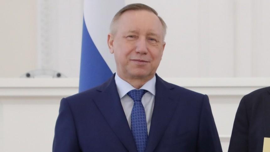 Губернатор Петербурга сменил имидж