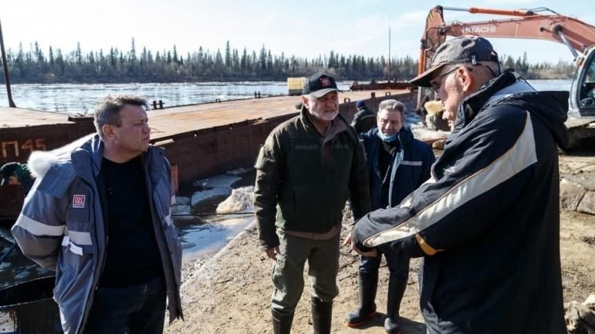 Главу Минприроды Коми раскритиковали за«теплую лукойловскую курточку»