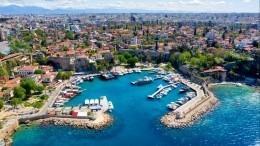Турция предложила открыть для российских туристов курортные регионы страны