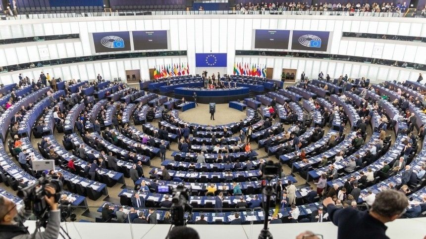 ВЕвропарламенте предложили запретить авиасообщение сБелоруссией