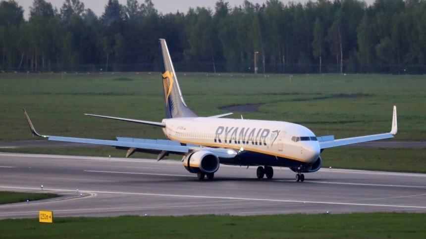 Меркель выступила против санкций вотношении РФиз-за инцидента слайнером Ryanair