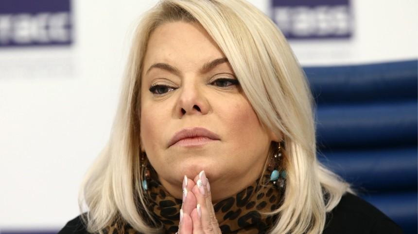 «Его больше нет»: Яна Поплавская сообщила осмерти отца