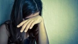 ВБарнауле девочки-подростки изнасиловали школьницу иотправили видео еематери