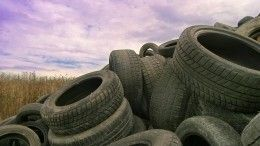 Житель Югры заснял сдрона крупнейшую свалку покрышек— видео