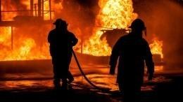 Склад загорелся наМосковском шоссе вПетербурге